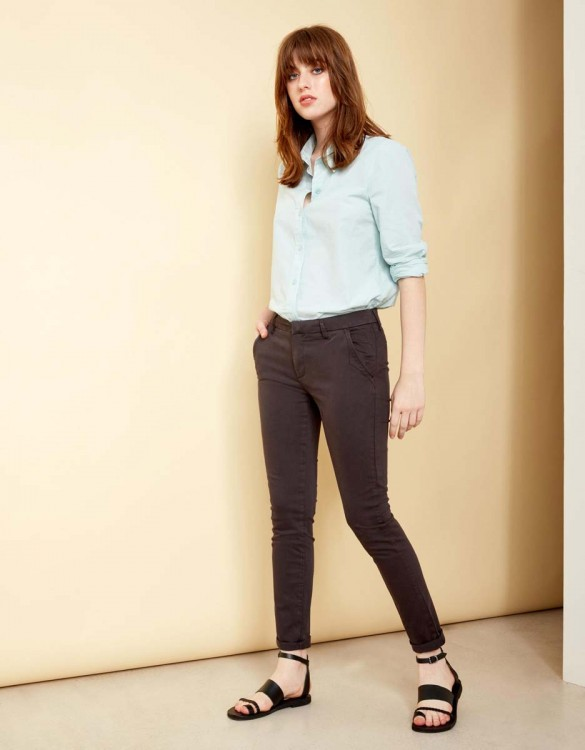 Chino Trousers Sandy - CARBONE