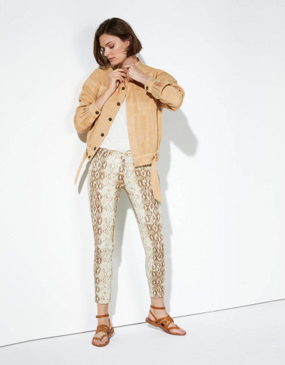 Chino trousers Sandy Cropped Printed - CAMEL SNAKE