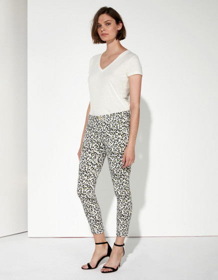 Pantalon chino Sandy Cropped Printed - CLOUD LEO